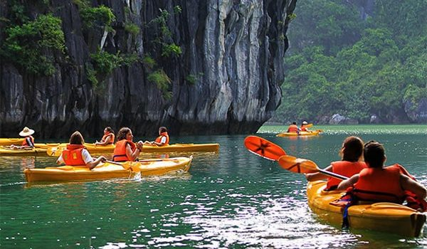 Cheo-Kayak-Ha-Long
