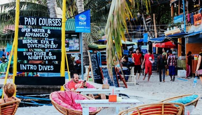 Ngoài ra còn khá nhiều các bar, pub thú vị nằm dọc ven biển.