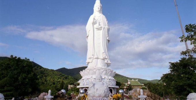 Khám phá vẻ đẹp tâm linh của chùa Linh Ứng Sơn Trà Đà Nẵng