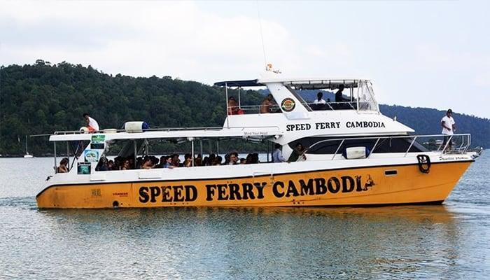Tàu nhanh Fast Ferry Boat đến Koh Rong Samloem chỉ với 40 phút.