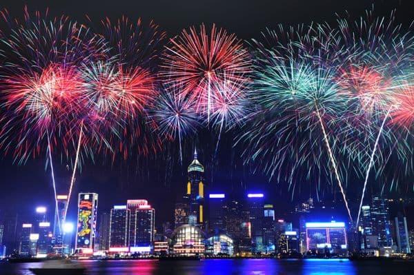 Bắn pháo hoa Tết Hong Kong