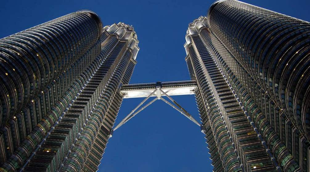 skybridge-thap-doi-petronas