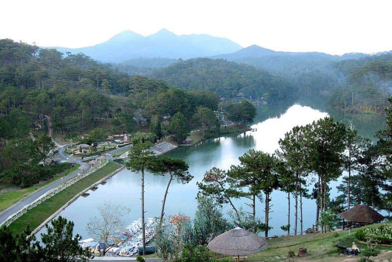Thung Lũng Tình Yêu nhìn từ trên cao - du lịch Đà Lạt tháng 9