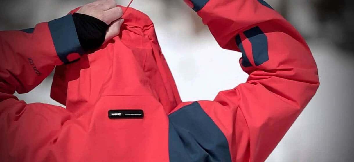 áo khoát công nghệ chống thấm gore tex