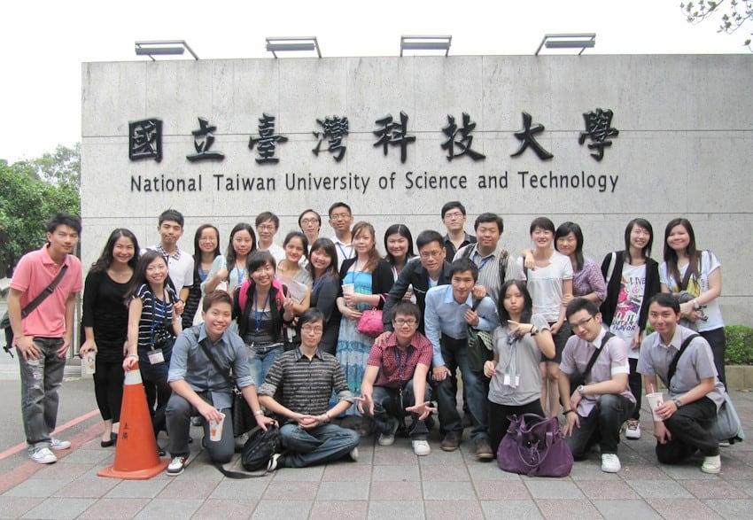 Du Học Hệ Ngôn Ngữ Là Gì? Hướng Dẫn Làm Thủ Tục Du Học Đài Loan Hệ ...