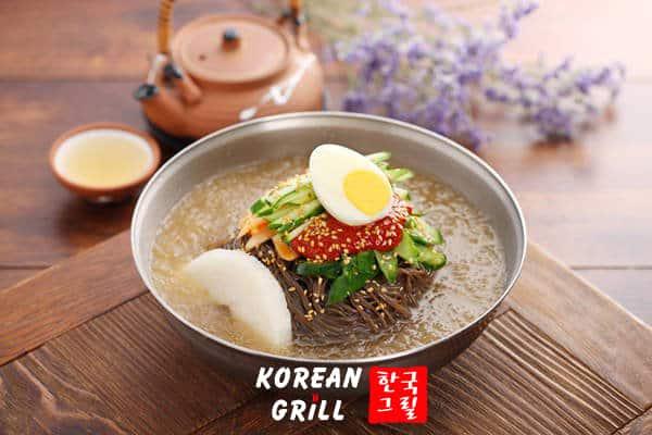 Naengmyeon - Mì lanh món ăn đa dạng ẩm thực xứ kim chi