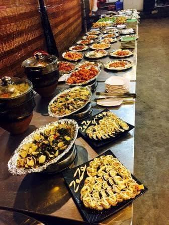 Các món ăn tại quán rất phong phú và bắt mắt