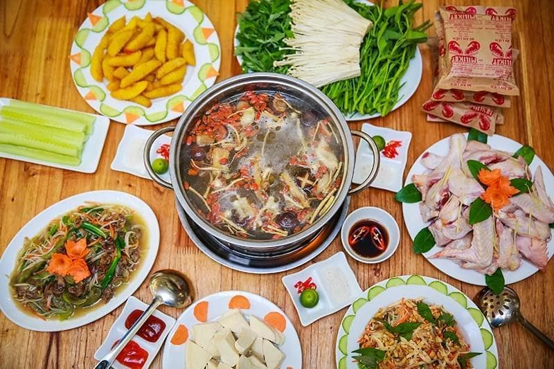 Đến với quán ăn ngon Mạnh Hoạch, bạn sẽ được thưởng thức vô vàn món ngon