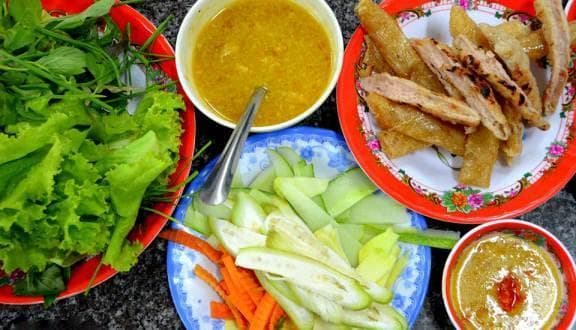 http://imagesfb.tintuc.vn/upload/images/phuyen/20180124/foody-mobile-foody-nem-ninh-hoa-1-429-636127249156326017.jpg