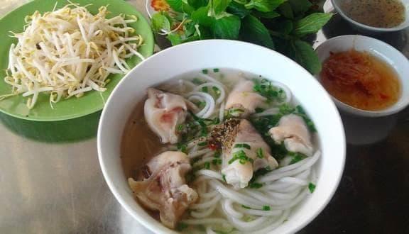 http://imagesfb.tintuc.vn/upload/images/tayninh/20171026/tong-hop-nhung-quan-banh-canh-ngon-nuc-tieng-tay-ninh.jpg