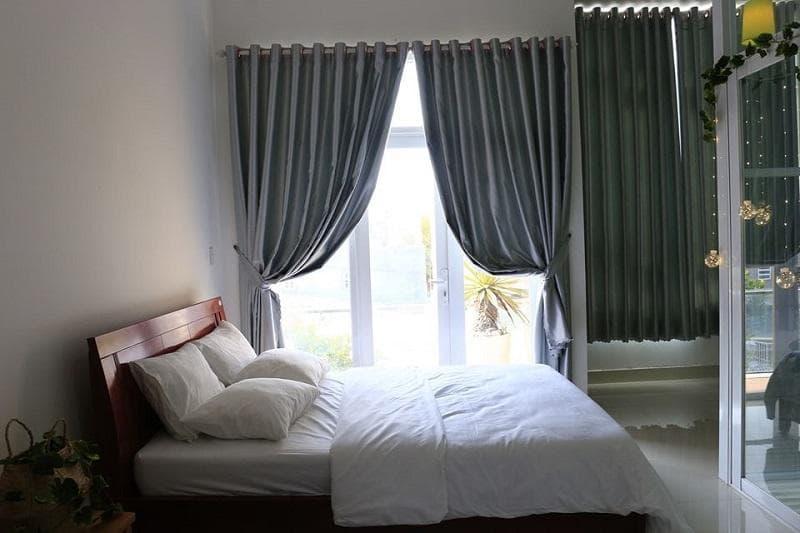 Không gian hiện đại, ấp áp là điểm nhấn của Phòng ngủ tại NANA Homestay Phan Rang