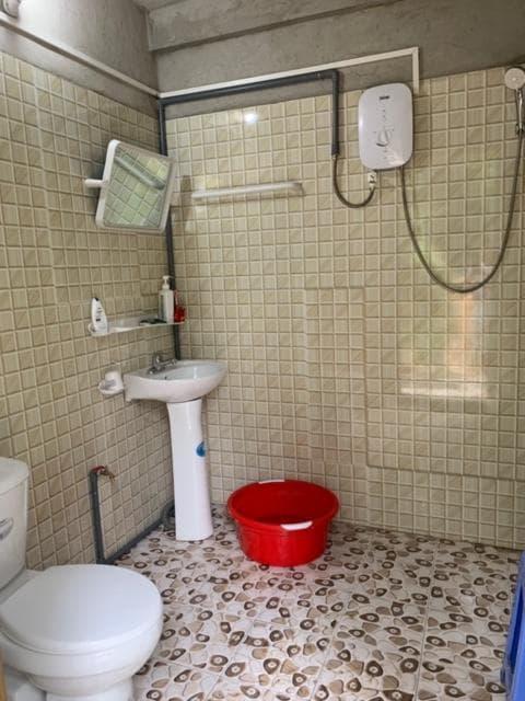 Nhà vệ sinh Mai Chau Family Homestay Mai Châu