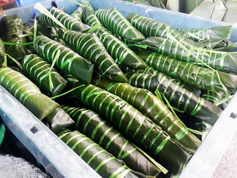Bánh răng bừa, bánh tẻ Văn Giang đặc sản Hưng Yên