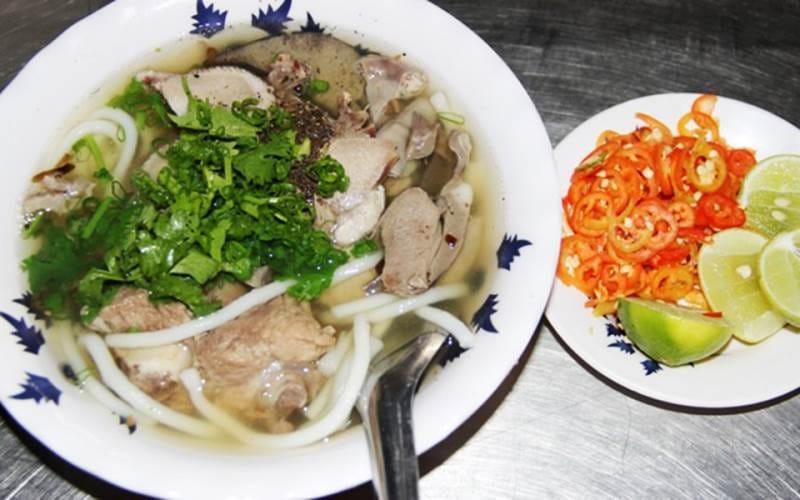 Bún nước lèo đặc sản nổi tiếng nhất Trà Vinh