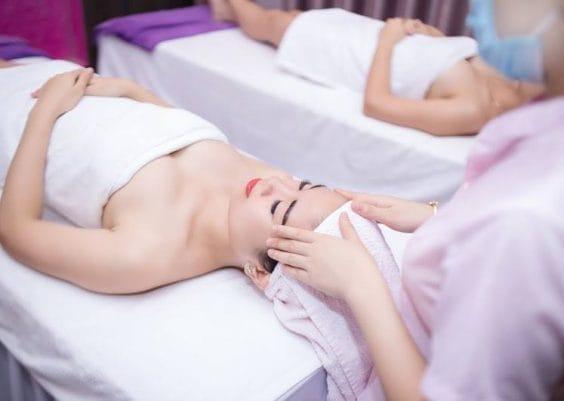 Khách đến trải nghiệm dịch vụ tại Sài Gòn Luxury Spa