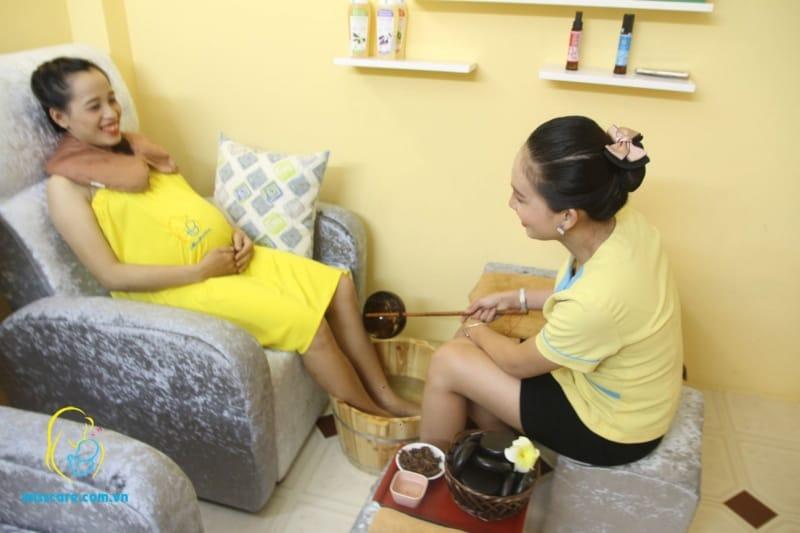 Ngâm chân thảo mộc tại Miss care