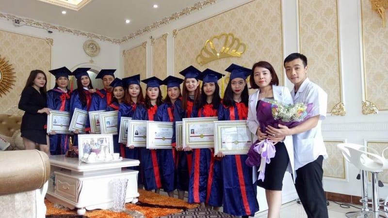 Xinh Spa thu hút rất nhiều học viên đào tạo nghề