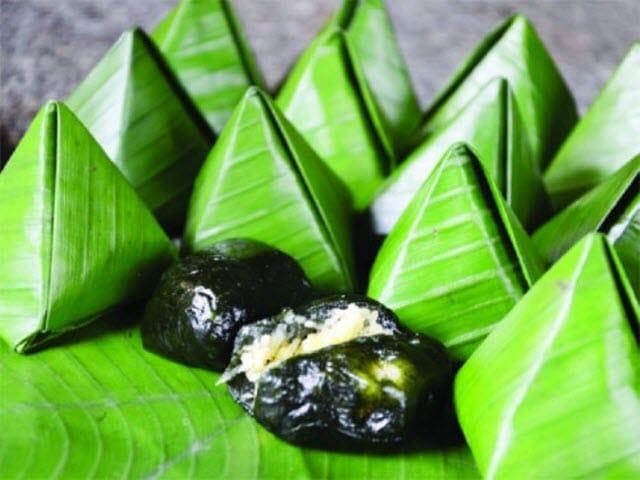 Bánh ít lá gai đã trở thành một biểu tượng của Bình Định.