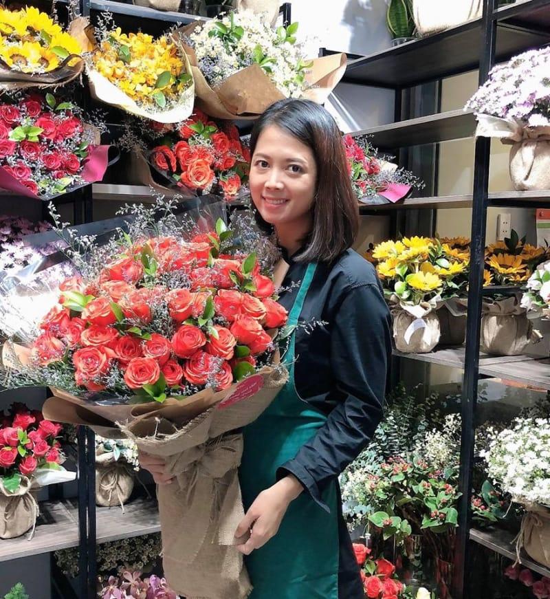 Flower Gau Con